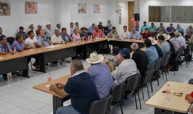 La gestión y entrega de renovaciones, permisos y/o concesiones será sin intermediarios: comisionado Raúl Elenes Angulo.