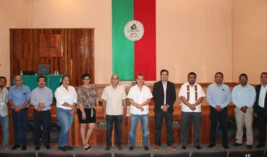"""Javier de la Cruz Soto, Investigador Conacyt-INEEL, presentó la conferencia titulada """"Retos de la industria mini-eólica en el país""""."""