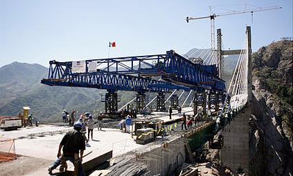 Obras de la carretera Durango-Mazatlán