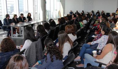 En el marco del Día Internacional de la Mujer, Román Meyer Falcón, Secretario de Desarrollo Agrario, Territorial y Urbano, presentó el Decálogo para la Transversalización de la Perspectiva de Género.