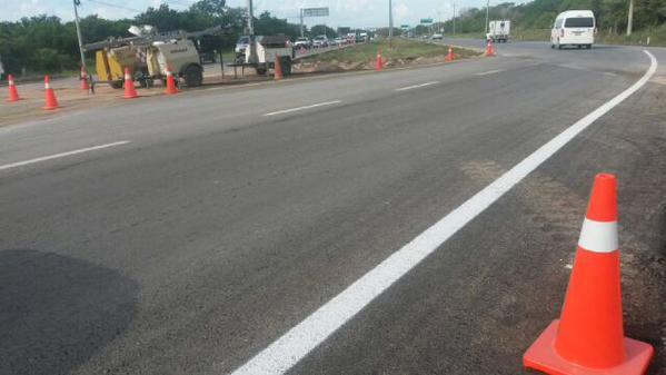 Cuatro carriles provisionales habilitados por la SCT normalizan circulación en carretera Cancún - Playa del Carmen