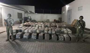 SEMAR asegura más de cuatro toneladas de presunta carga Ilícita en Costas del Golfo de Santa Clara, Baja California