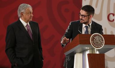 Román Meyer Falcón, Secretario de Desarrollo Agrario, Territorial y Urbano, y Andrés Manuel López Obrador, Presidente de México.