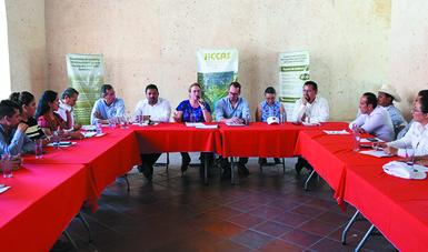 La Secretaria Josefa González Blanco propuso a las partes involucradas sumarse al Programa Nacional Basura Cero, que impulsa el Gobierno de México.