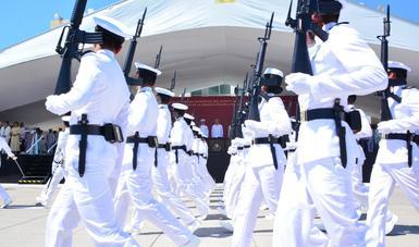 105  Aniversario de la Defensa Patriótica del Puerto de Veracruz y Jura de Bandera de 202 Cadetes de la Heroica Escuela Naval.