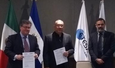 Autoridades del INEEL de México y empresas LaGeo y ETESAL de El Salvador firman convenio de colaboración.