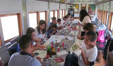 Niñas, niños y sus familias disfrutaron de sesiones de lectura, talleres y música en el Museo Nacional de los Ferrocarriles Mexicanos