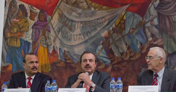 El secretario Enrique Martínez y Martínez presentó al Contralor Interno en la SAGARPA, Francisco Cárdenas Elizondo