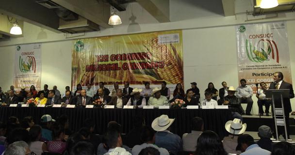 El titular de la SAGARPA, Enrique Martínez y Martínez, inauguró la XXI Congreso Nacional del Consejo Nacional de Sociedades y Unidades con Campesinos y Colonos (CONSUCC) y tomó protesta al nuevo Comité Ejecutivo Nacional.