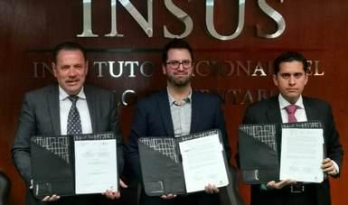 Firma de convenio de colaboración entre el INSUS y el Instituto Promotor de la Vivienda de Nayarit (IPROVINAY)