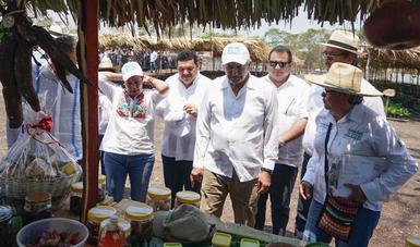 El presidente de México, Andrés Manuel López Obrador, en su visita a Balancán, Tabasco.