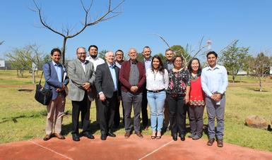 Viceministro de agricultura de Canadá visita el CNRG del INIFAP