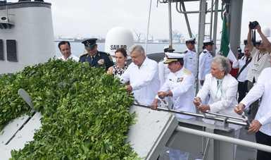 """Ceremonia del """"Día de la Marina Nacional"""", en el Puerto de Veracruz"""