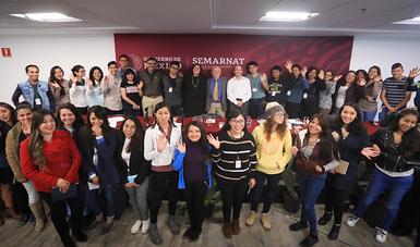 """Además de estos diálogos, el Cecadesu desarrollará el Diplomado """"Proyectos de impacto social: somos el cambio"""", así como un concurso juvenil para la promoción de acciones sustentables."""