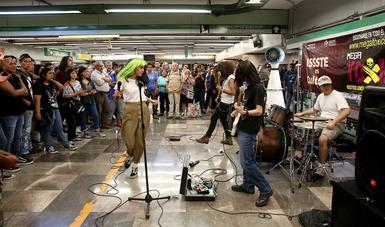 Presenta ISSSTE cultura en metro y plazas públicas a bandas juveniles de rock y música alternativa.