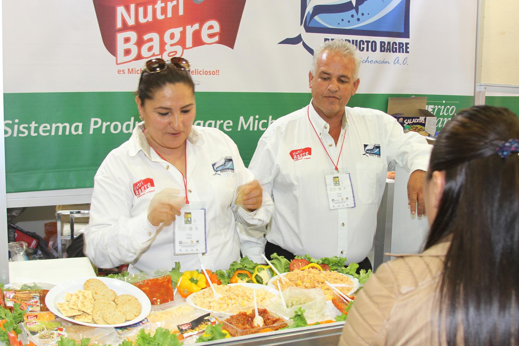 Aguilar Sánchez señaló que en el marco de la séptima edición de Pescamar 2015 asistieron representantes de tiendas de autoservicio, distribuidores mayoristas, cadenas de restaurantes, y hoteleras, compradores extranjeros y comercializadores mayoristas.
