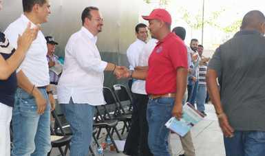 En la primera etapa, se beneficiaron mil 750 pescadores y acuacultores de los municipios de Acaponeta, Huajicori, Del Nayar, Ruíz, Rosamorada, Santiago Ixcuintla, Tecuala, Tepic y Tuxpan.