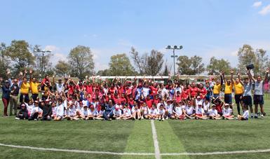 El SNDIF fomenta el deporte entre niñas, niños y adolescentes de sus centros asistenciales.