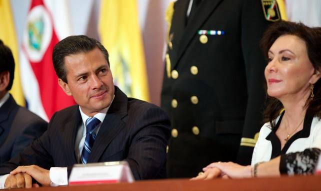 """El Presidente de la República, Enrique Peña Nieto, afirmó hoy que """"para este Gobierno, la protección de los derechos humanos es un compromiso de Estado y debe ser una práctica permanente en el ejercicio de la autoridad""""."""