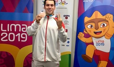 El nadador subió al podio en los mil 500 metros libre varonil.