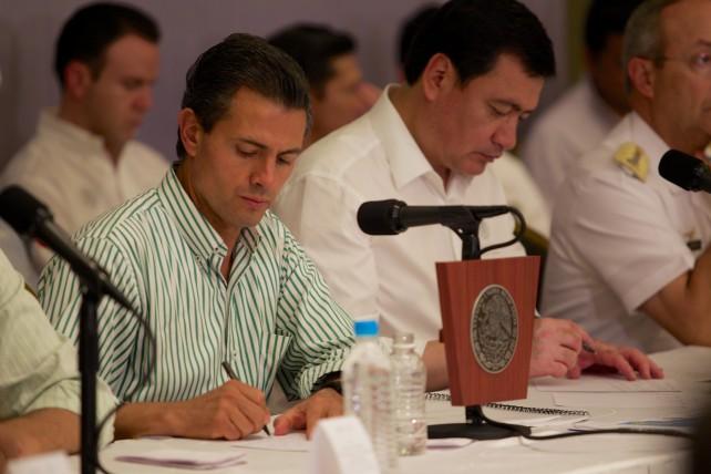 El Presidente de la República dio indicaciones a los titulares de las dependencias del Gobierno de la República que trabajan en la reconstrucción de Baja California Sur, para acelerar las tareas