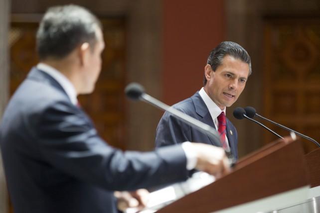 Durante la comida que ofreció en honor del mandatario peruano, el Presidente Peña Nieto subrayó que la relación entre México y Perú, que tiene más de 190 años, pasa por uno de sus mejores momentos en la historia diplomática.