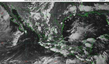 Imagen satelital con filtros de vapor que muestran nubosidad sobre el territorio nacional. Logotipo de Conagua.