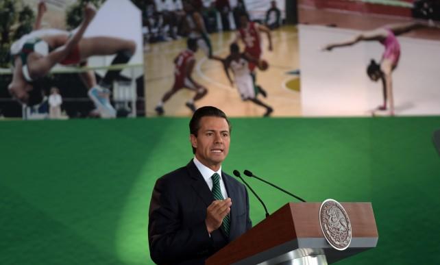 El Presidente de la República, Enrique Peña Nieto, abanderó hoy a la Delegación Mexicana que participará en los Segundos Juegos Olímpicos de la Juventud Nanjing 2014, en China