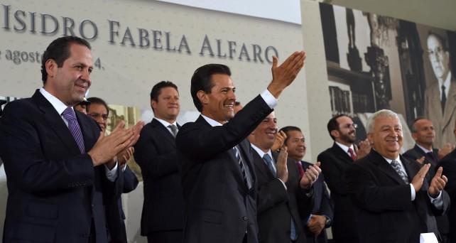 """El Titular del Ejecutivo Federal precisó que la vida y obra de Isidro Fabela son """"motivo de gran orgullo, y al mismo tiempo una inspiración permanente para trabajar por un mejor país"""