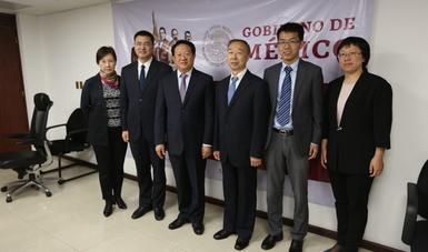 México y China comparten experiencias sobre política social