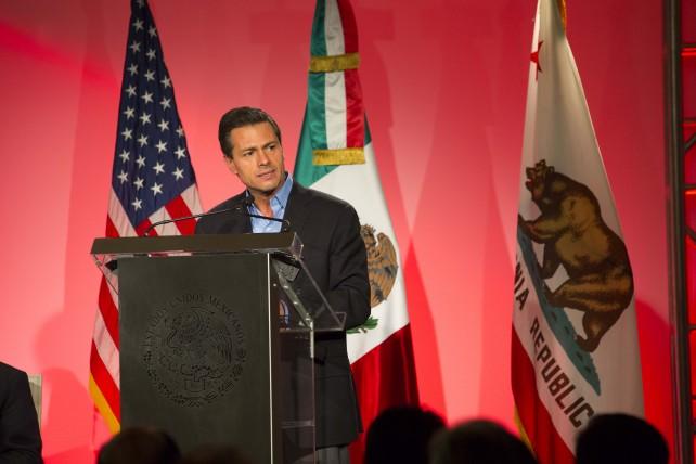 """Destacó que en ese tema la posición de México es muy clara: """"Queremos ser un factor de cohesión, no uno de división""""."""