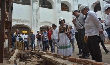 En Tehuantepec, la rehabilitación del Templo de San Blas Atempa tiene 95% de avance; mientras la recuperación de su exconvento lleva 30% y ha dado lugar al hallazgo de pintura mural.