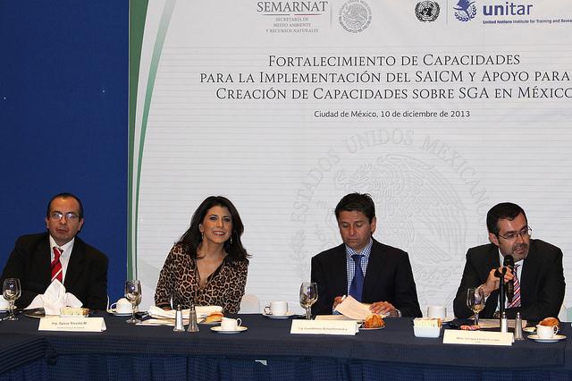 Coordina Semarnat acciones para manejo de productos químicos.