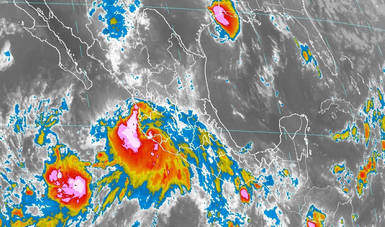 Imagen satelital con filtros infrarrojos que muestran como la tormenta tropical Lorena bordea las costas de Nayarit, con dirección a Baja California Sur. Logotipo de Conagua.