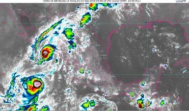 Foto de la república mexicana en donde se muestra la formación nubosa. Logotipo de Conagua