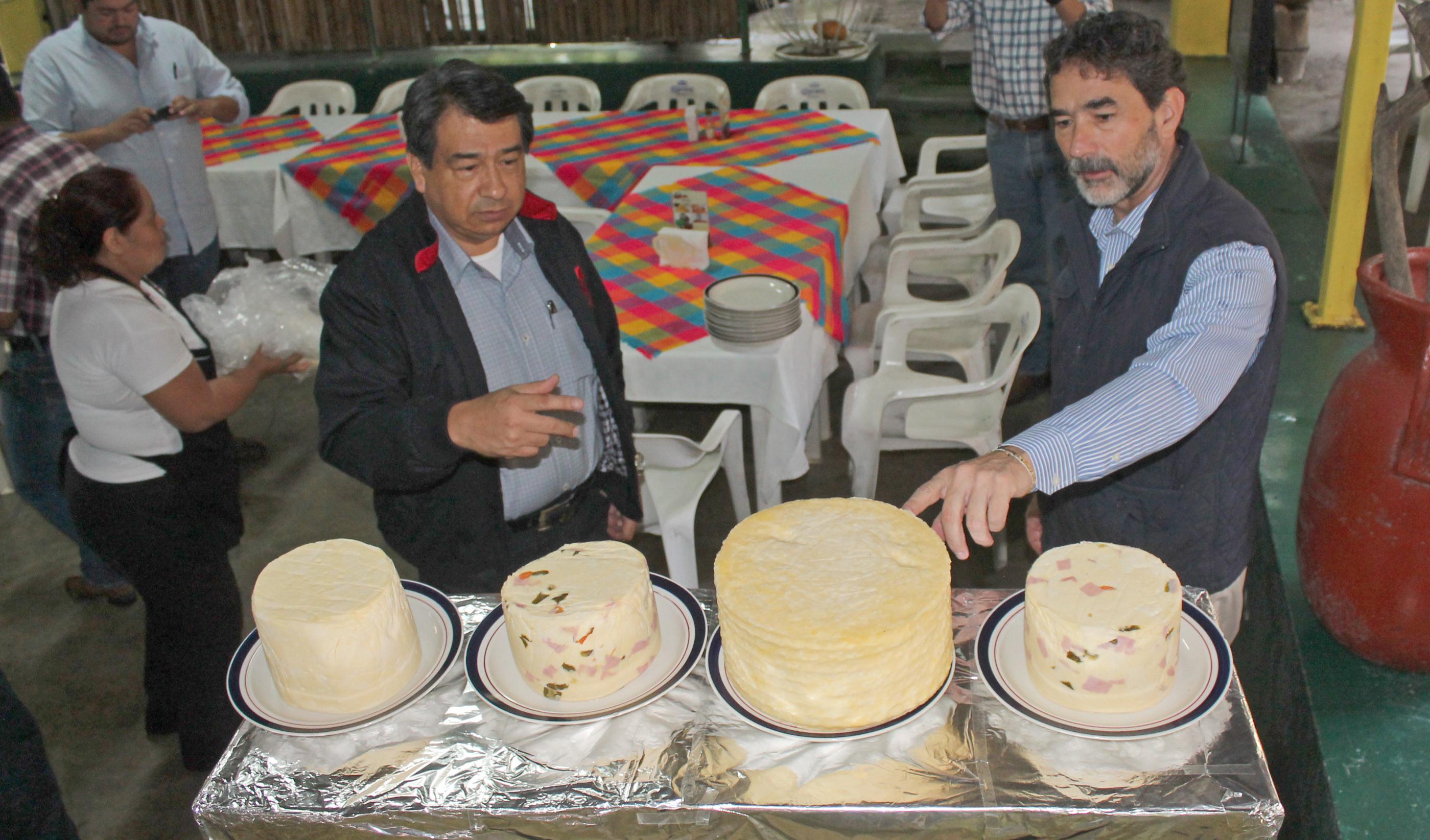 La organización, capacitación e inocuidad alimentaria son la clave para reforzar la actividad ganadera en el país: Gurría.
