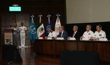 """Panel de asistentes a la Segunda conferencia Regional de las Américas"""""""