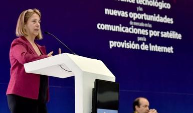 """Foro internacional """"El Avance Tecnológico y las Nuevas Oportunidades de Mercado en las Comunicaciones por Satélite para la Provisión de Internet"""""""