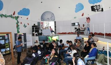 El taller forma parte de un proyecto institucional que busca contribuir a la formación de redes de organizaciones sociales.