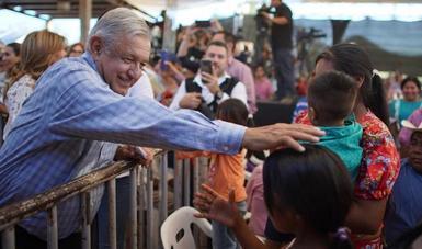 El presidente de México, Andrés Manuel López Obrador, durante el diálogo con los pueblos Guarijío y Mayo desde San Bernardo Álamos, en Sonora.