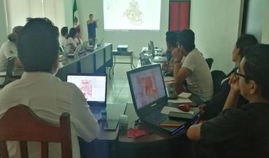 Técnicos y estudiantes aprenden el uso de software libre para planeación geográfica