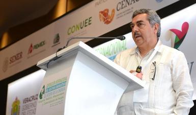 Durante el segundo día de los trabajos de la Exposición Internacional del Sector Energético, el Subsecretario de Hidrocarburos de la SENER, Miguel Ángel Maciel Torres, señaló que México tiene gran potencial al ser un país petrolero