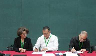 México, E.U.A. y Canadá, firman acuerdos en materia de manejo del fuego.