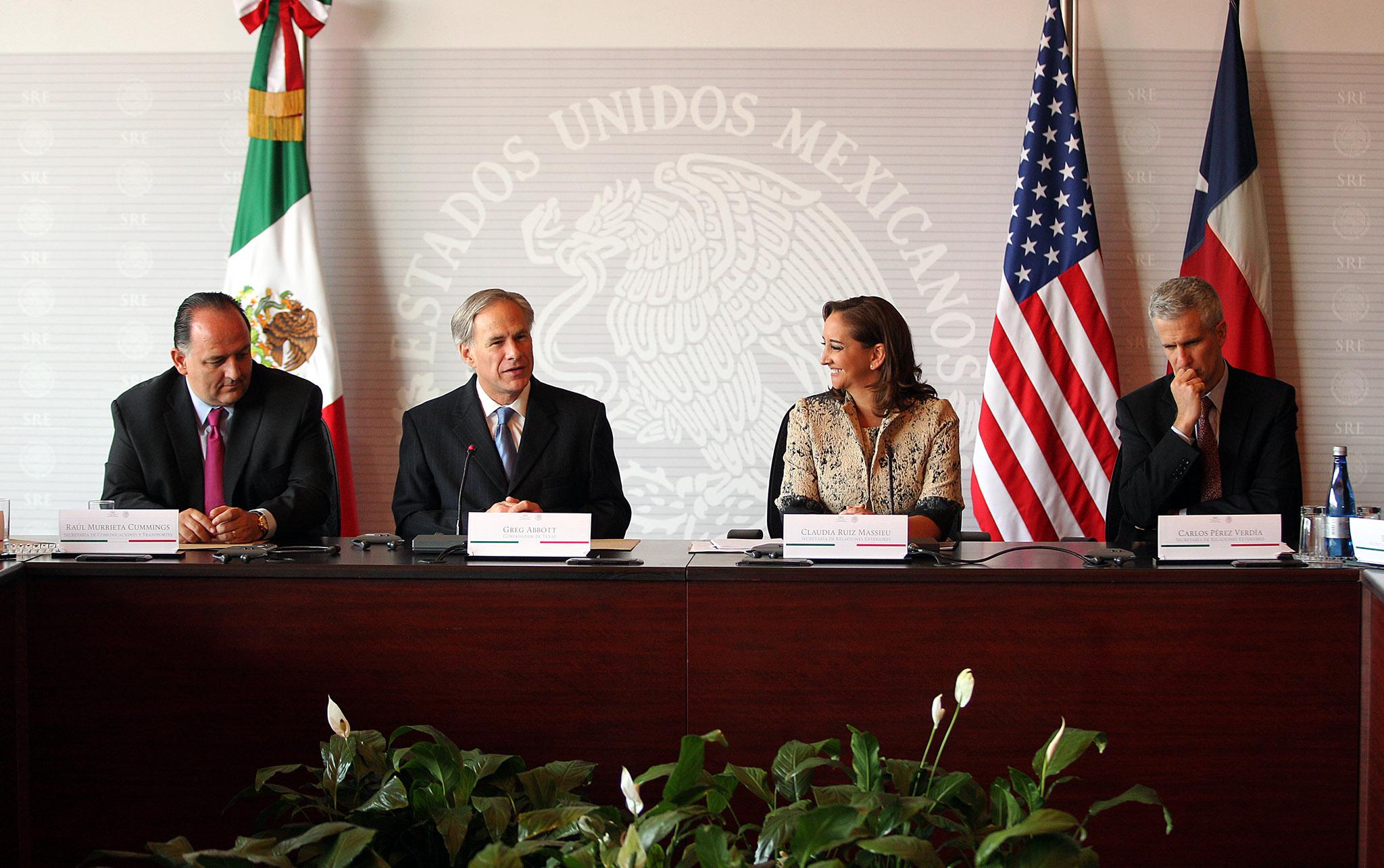 México y Texas abren un nuevo capítulo en su relación con anuncios y la firma de instrumentos de cooperación