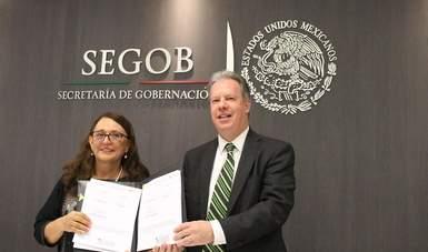 """Firma del Convenio de Colaboración entre el INAFED y el INECC. """"El cambio climático es tema que tenemos que entender, conocer y en el que todas las personas estamos involucradas"""", dijo Amparo Martínez."""
