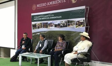 Ejidatarios participantes en foro de experiencias en pago por servicios ambientales