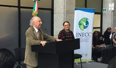 """""""Va a haber una política ambiental sobre cambio climático en México, pero necesitamos que no sea exclusiva de Semarnat o de INECC, sino que atraviese a todos"""", señaló Toledo Manzur."""