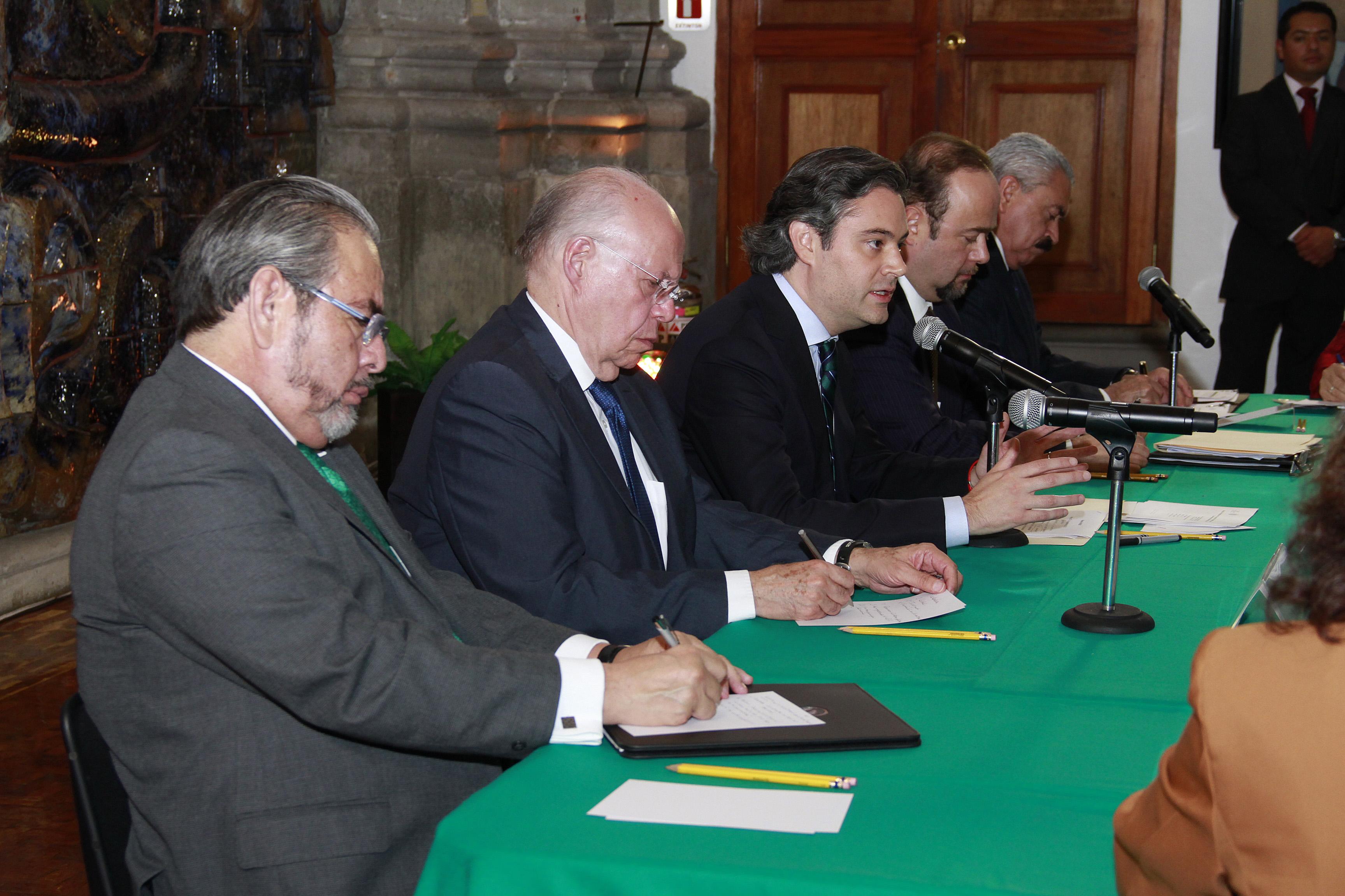 Intervención del secretario de Educación Pública, Aurelio Nuño Mayer, en la reunión con integrantes de la Asociación Nacional de Universidades e Instituciones de Educación Superior, en el salón Nishizawa de la SEP.