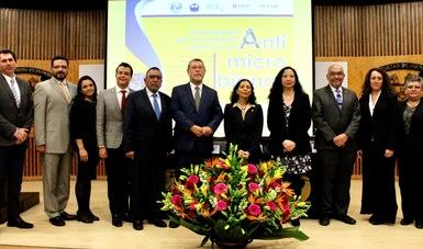Cofepris, académicos de la UNAM, la OPS/OMS y líderes de opinión hacen llamado sobre el uso de antimicrobianos