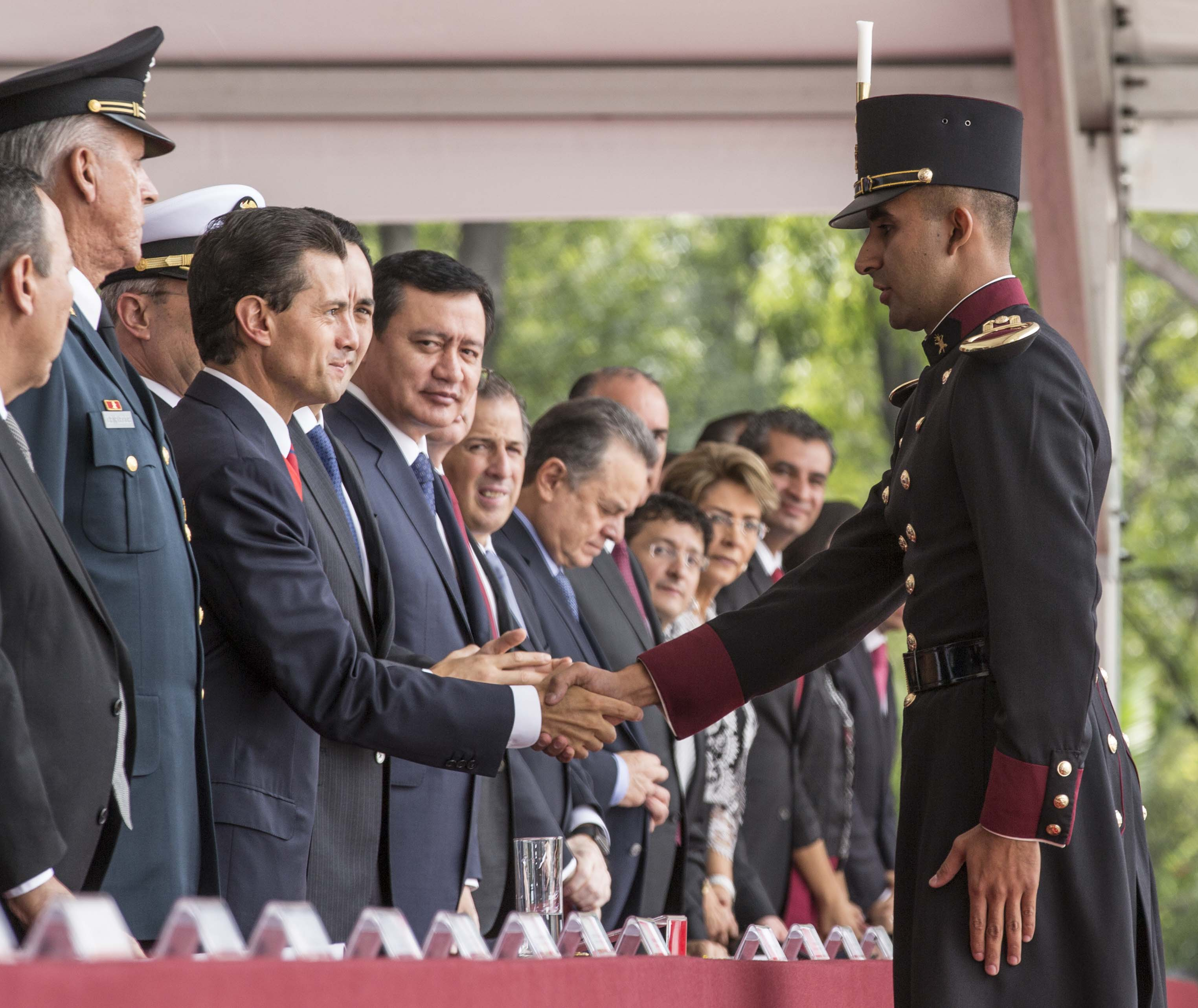 El Presidente de la República, Enrique Peña Nieto, encabezó hoy la ceremonia conmemorativa del 168 Aniversario de la Gesta Heroica de los Niños Héroes de Chapultepec.